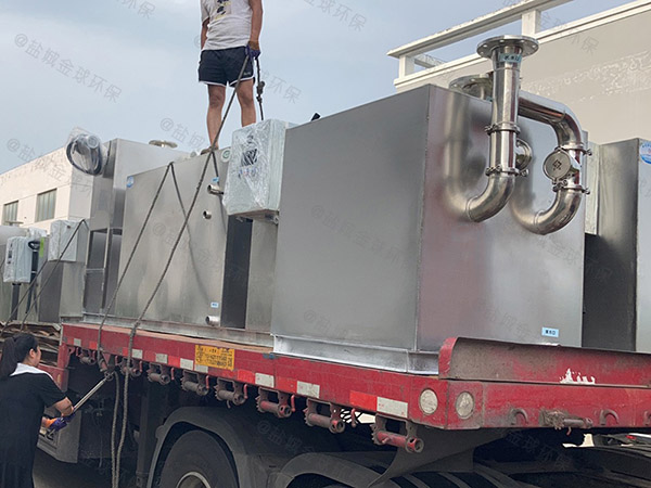 马桶公用污水提升器设备臭味
